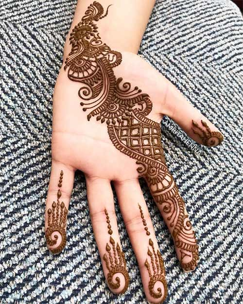 Prettiness Mehndi Design